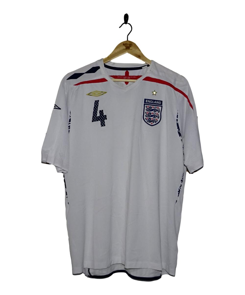 Checkout this 2007-09 England Home Shirt Gerrard (XL)!  Buy Now at    Free UK P&P!   #2007-09 #England #Gerrard #ThreeLions #Umbro #TheKitman