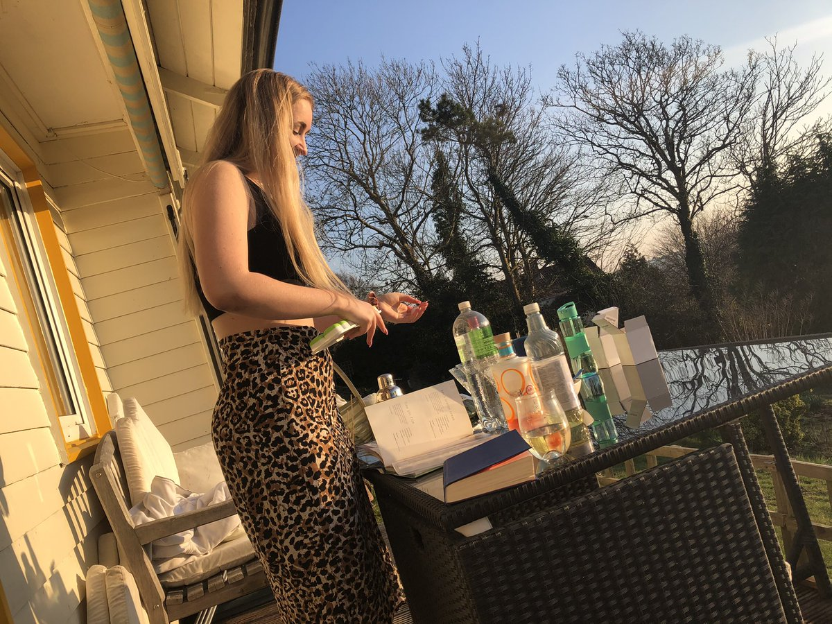 test Twitter Media - February sunshine means cocktails courtesy of the lovely Abbie. 😘 https://t.co/TGMFZcXGmE