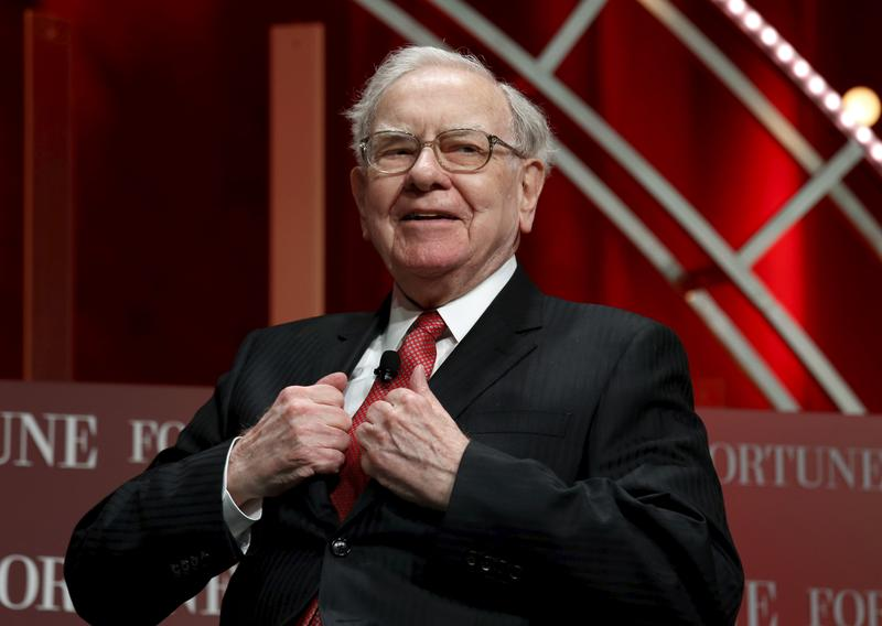Berkshire Hathaway profit rises, helped by stock gains https://t.co/9IcB4G3qu0 https://t.co/PJI9Bm5xL5