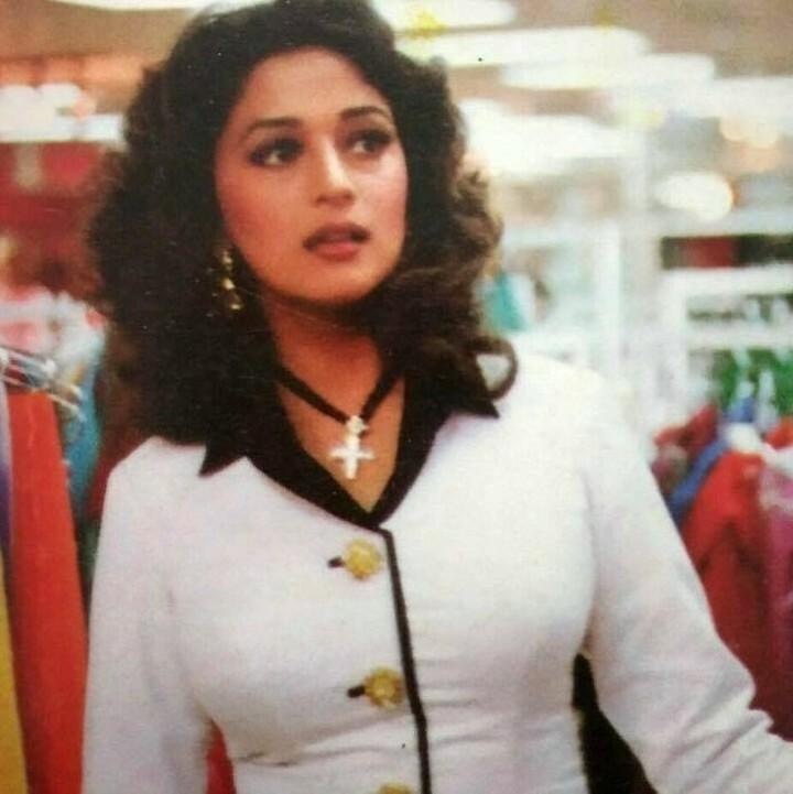 #madhuridixit #madhuri #beautiful #dancedeewane3 #actress #wonderful #love ly #amazing #dance #artist #bollywood #film #amazing #movies #awesome #stunning #cute #gorgeous #talented #sexy #muse #inspiring #glamorous #pretty @madhuridixitsfanmexico  #दिल #…