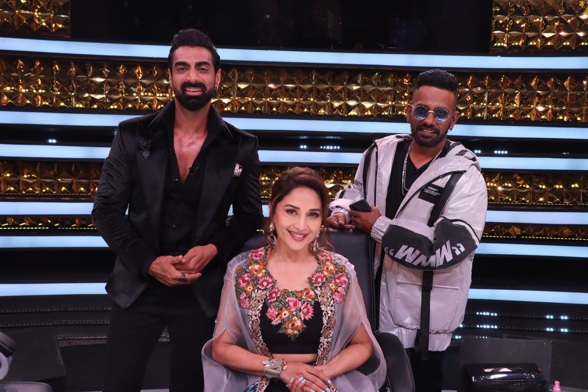 Iss baar #DanceMachayenge... Kya bolti public?  💃 Join me @TheTusharKalia and @dthevirus31 with some of the finest dance talent on #DD3, starting today at 9pm.