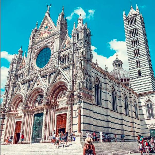 Siena Cathedral via IG pocketful_of_memories    #travel #siena #tuscany #toscana #italy #italianholidays #beautyfromitaly