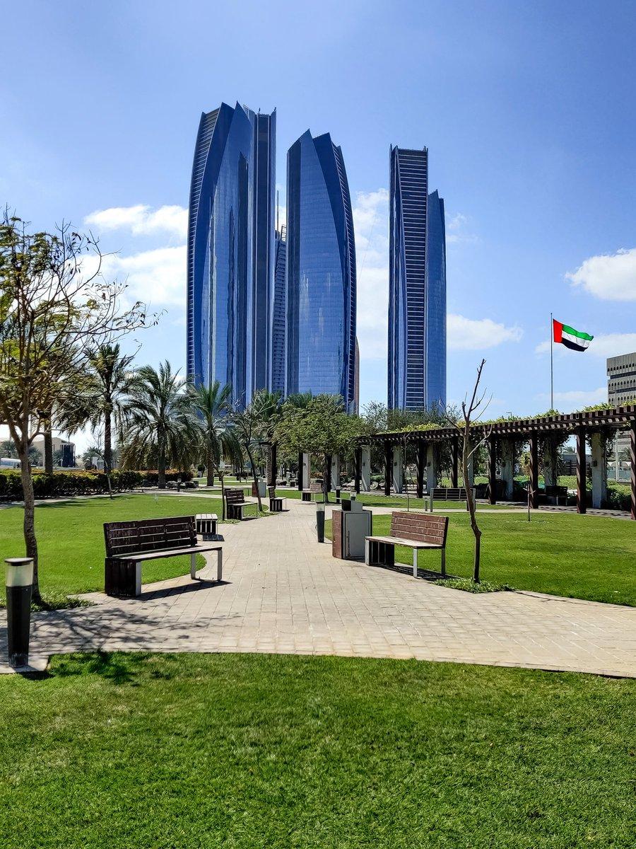 Etihad Towers  #InAbuDhabi #ShotonOnePlus @VisitAbuDhabi @oneplus https://t.co/h0Kz4ZKQqf