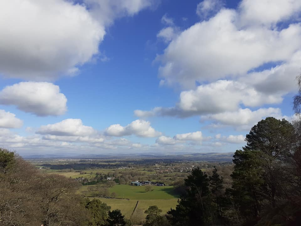 @nationaltrust #AlderleyEdge views from #TheEdge   First time I've been up here despite it being a stones throw from home. Decent views of the North! 🌤️🌿🛤️  #NationalTrust #Cheshire #Clouds #Sun #Winter #LockdownWalk #countryside #SaturdayVibes