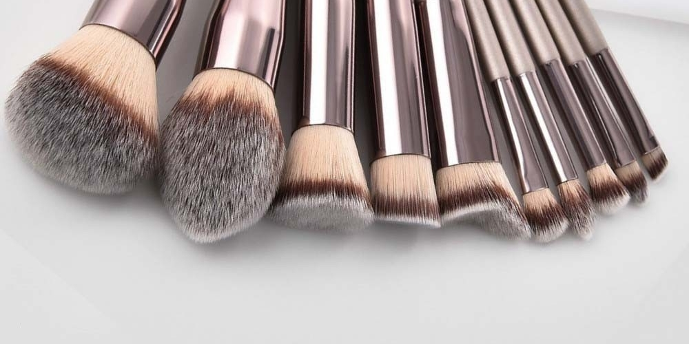 #fashion #style #love #instagood #like #photography #photooftheday #beautiful #follow #instagram #Holiday2020 #kosvalley Professional Champagne Color Makeup Brushes