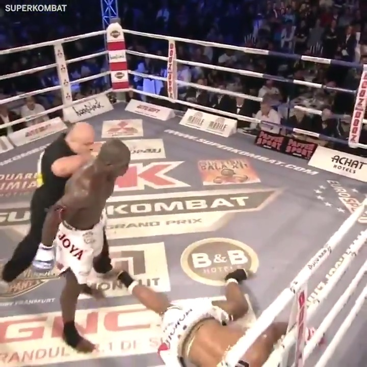 Before @JairRozenstruik started racking up knockouts in the Octagon, he was doing it in the ring 😳 #UFCVegas20  (via @superkombat) https://t.co/gW41wrOpjD