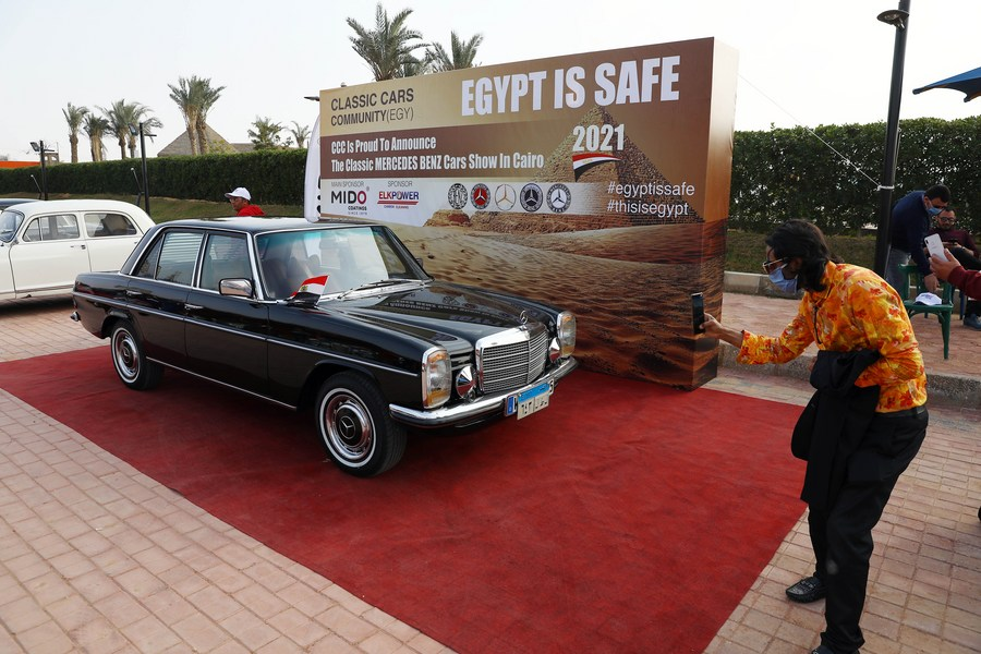 Dozens of well-preserved vintage Mercedes made in 1960s-1980s attract fans in Cairo's annual classic car show