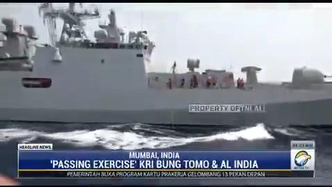 KRI Bung Tomo 357 yang di komandani oleh Kolonel Laut Rizky Prayudi menggelar latihan bersama yang disebut Passing Excercise dengan kapal angkatan laut India INS Talwar F40 di Perairan Mumbai, India. #HeadlineNewsMetroTV #KnowledgeToElevate