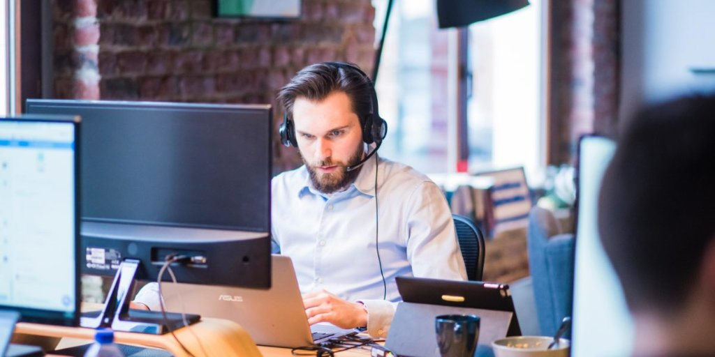 Why Your Sales Organization Needs a Customer Success Specialist https://t.co/B5EiPxMxJG   #customersuccess #sales #leadership https://t.co/w4dZEd0Xnh