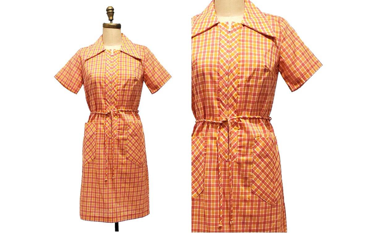 Vintage 1960s plaid dress | 60s pink, orange and white zipper front shirtdress | size medium  #retrouverbiz #Vintagelifestyle #Toronto #onlineshopping #vintageclothing #vintagefashion #sustainable #fashion