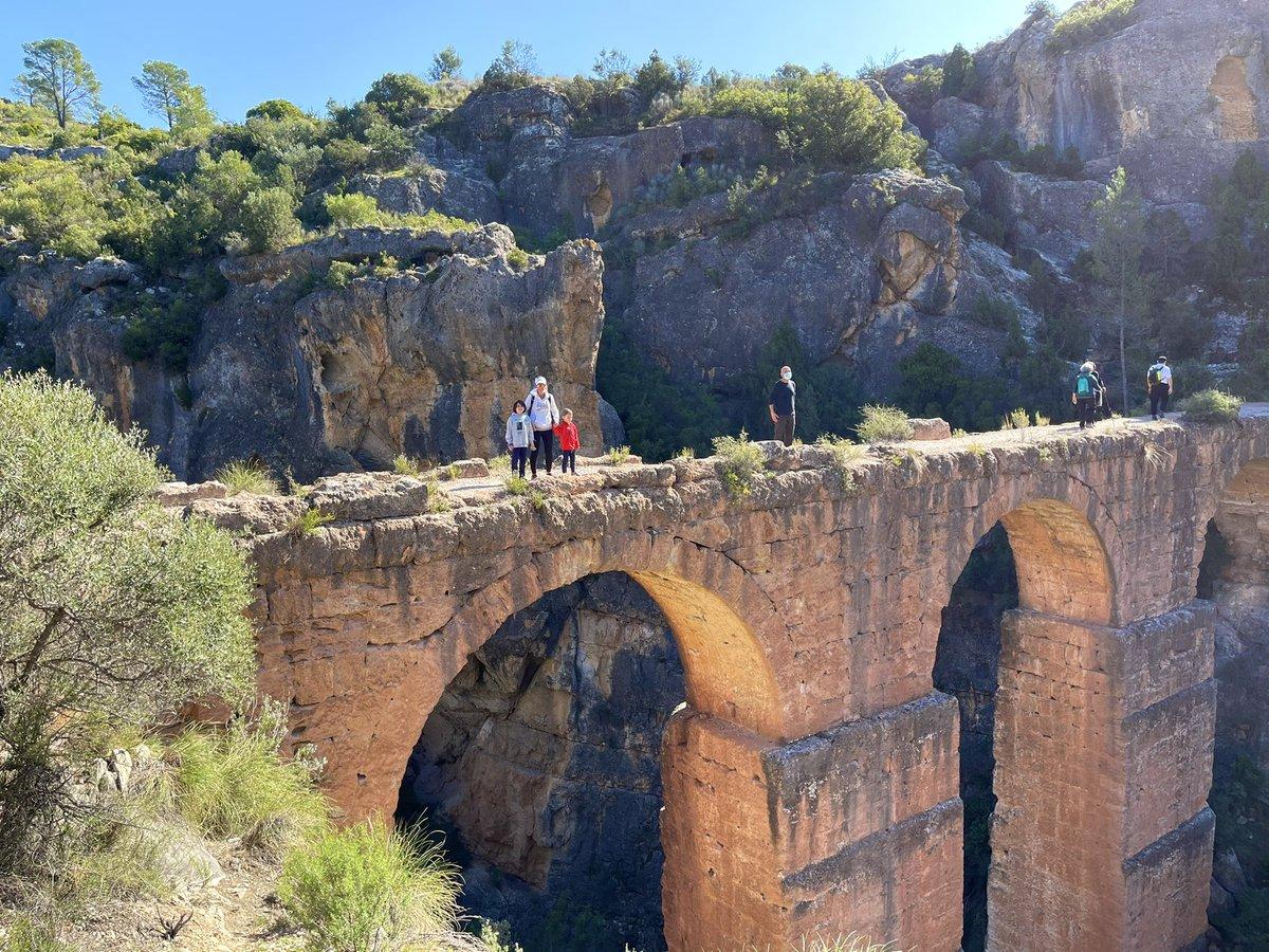Ruta acueducto de Peña Cortada #calles #lserrania #serrana #espectacular #acueducto #rutas #senderismo #peñacortada