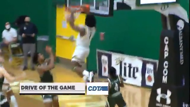 Yesterdays @CDTA #SienaSaints #DriveoftheGame highlights @_BigshotManny_ feeding @colingolson for the alley-oop #MarchOn