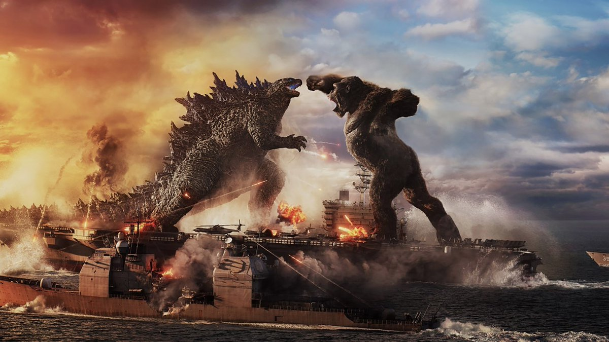 So, wait; am I seeing this right? #Kong isn't bigger but  #Godzilla is smaller? G shouldn't be able to be on top of an aircraft carrier.   #GodzillaVsKong