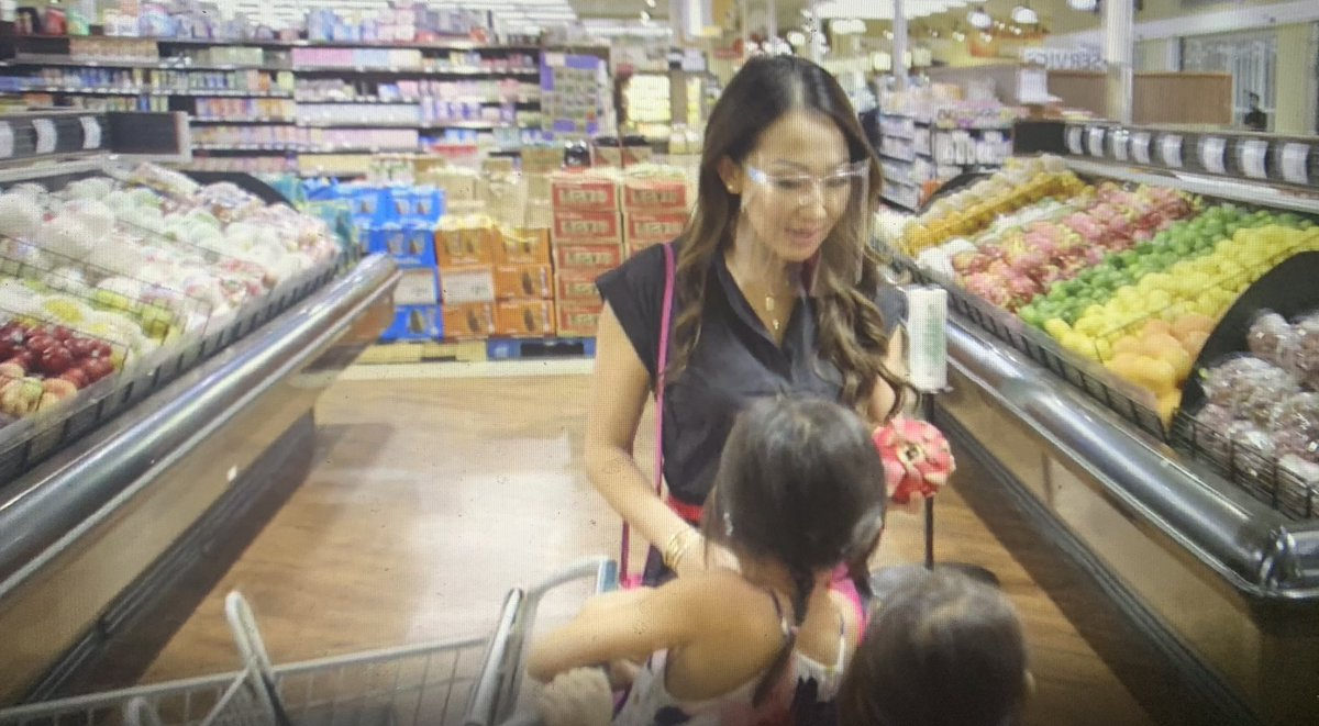 I'm so confused that Tiffany is a doctor and just wearing face shields In the middle of a grocery store especially because her kids were wearing masks in the car? #RHOD