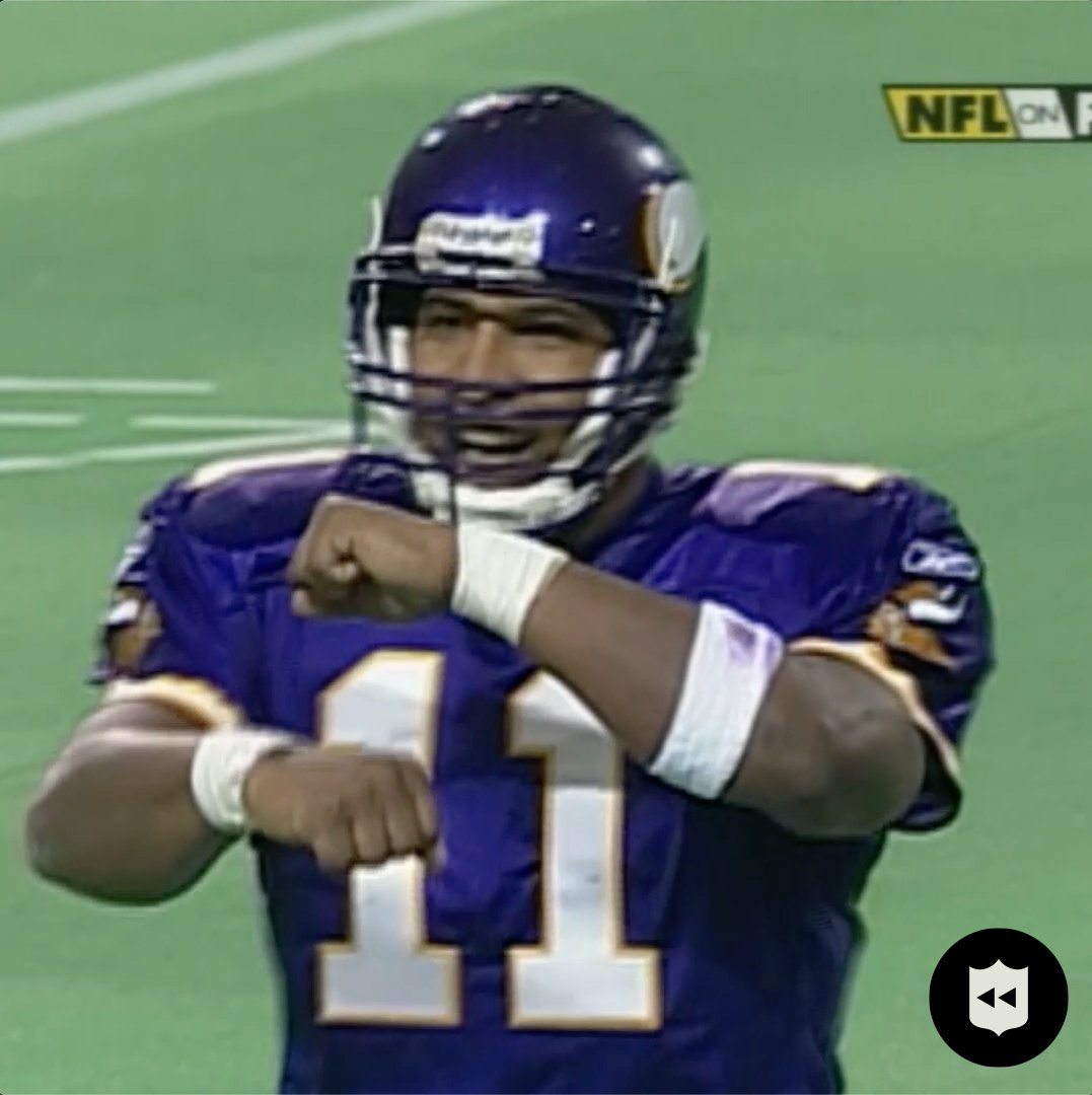 Get your roll on, Daunte.