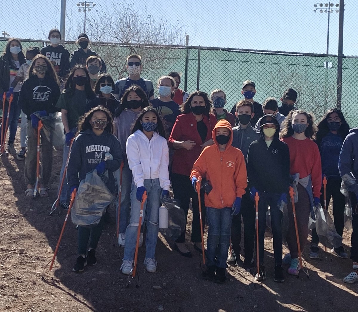 Thank you to @TMSmustangs and @getoutdoorsnv for a great park clean up at Bruce Trent Park!  @cityoflasvegas #lvcouncil #lvccward2 #park #environment #ecofriendly #landscape #volunteers #waste #nature #clean #cleanup #trash #community #giveback #makeadifference #support #trees
