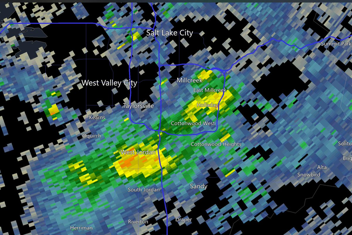 A strong squall is dumping moderate to heavy snow from West Jordan through Midvale to Holladay/Millcreek at 2pm. A quick half inch possible under these squalls. #snow #utwx #winter