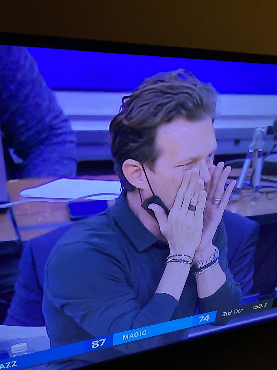 Not a lot of people think about their wrist game, but @utahjazz coach Quin Snyder is accessorized. #NBATwitter