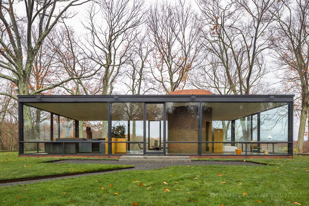 The Glass House by Philip Johnson    #architecture #interiordesign #decor #home