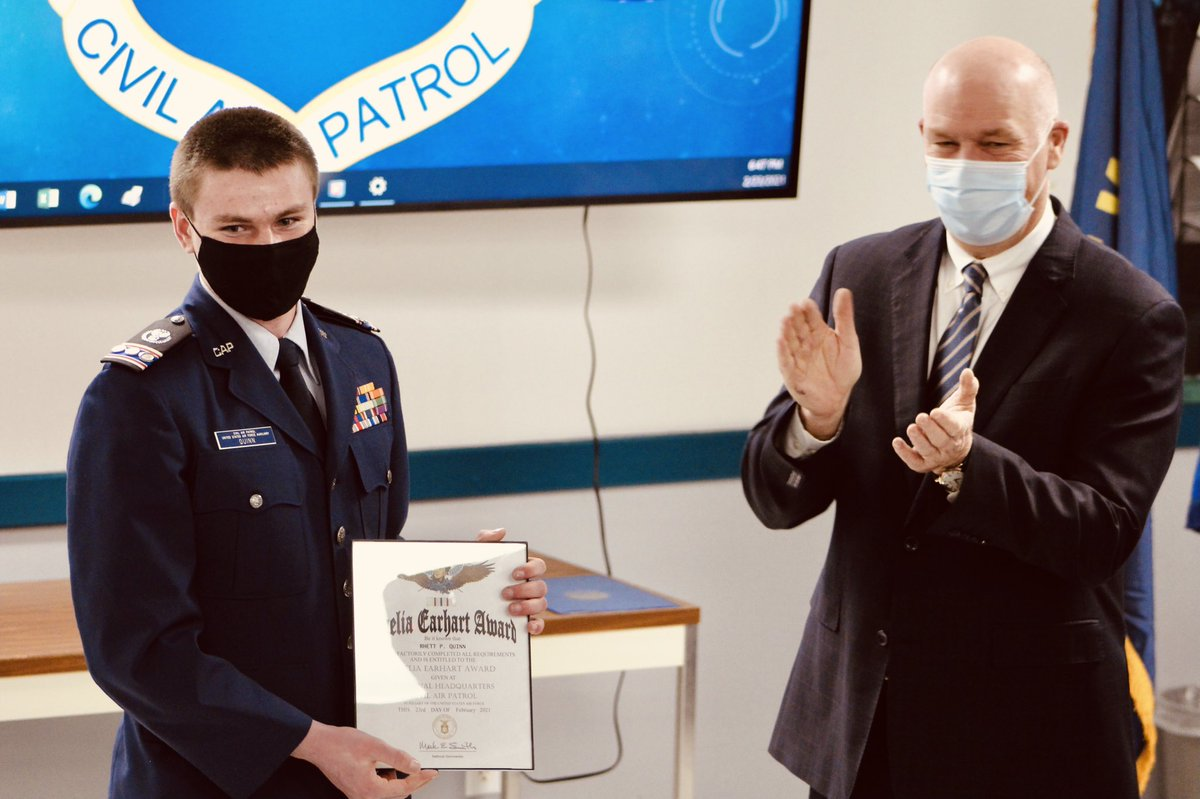 On Tuesday, I had the pleasure of presenting the @CivilAirPatrol's Amelia Earhart Award to an accomplished young Montanan, Cadet Captain Rhett Quinn. Thank you for your commitment to service, Rhett!
