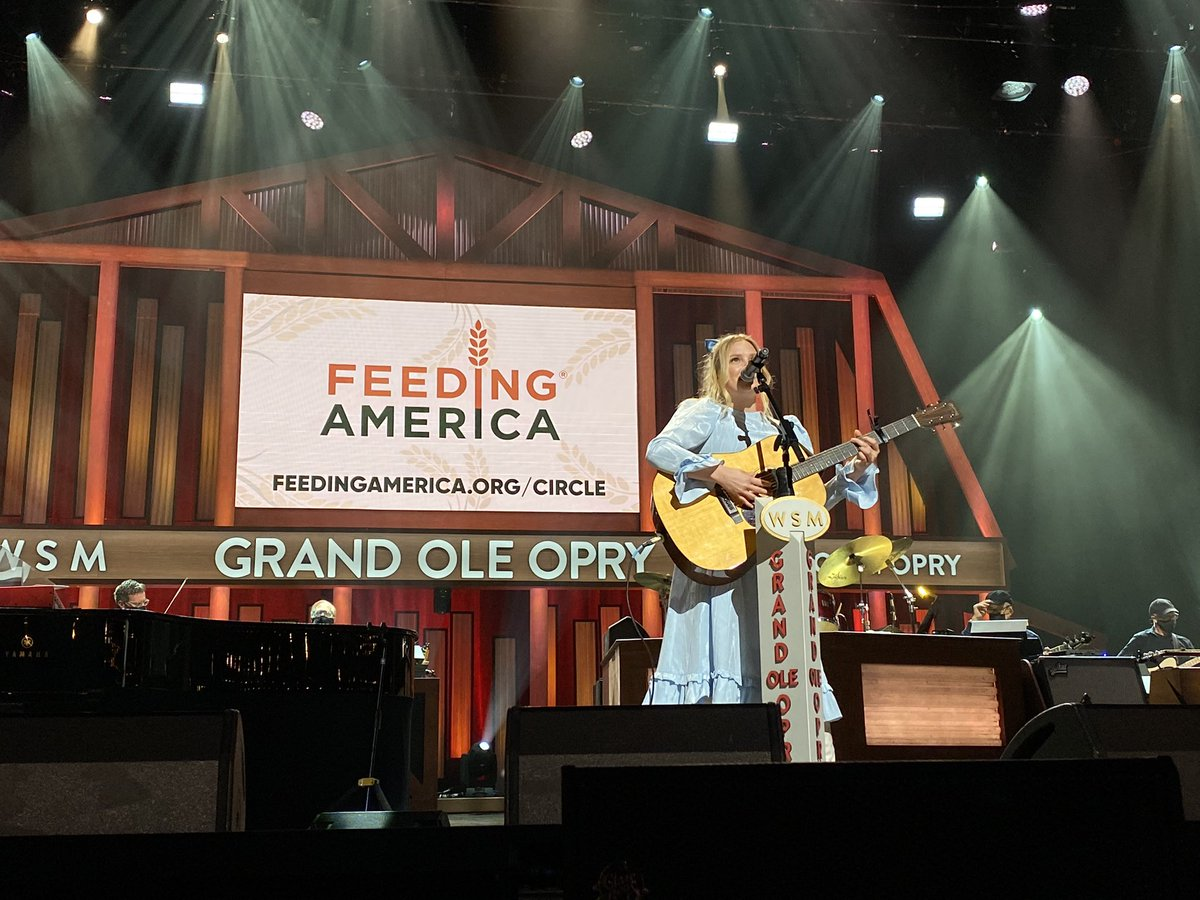""".@haileywhitters with """"Fillin' My Cup"""" back on the Opry stage tonight! #OpryLive"""