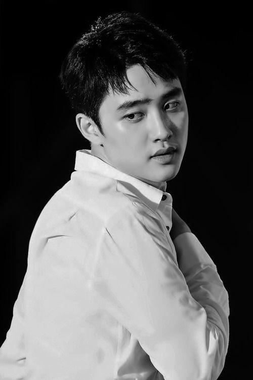 singer kyungsoo in b&w