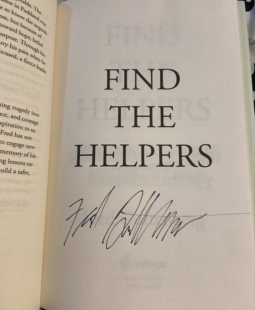 Replying to @mrs_lerner: It was so nice to see @fred_guttenberg & @jguttenbergot today. Bonus: I got my book signed. 🧡