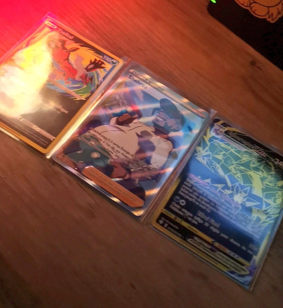 En un seul tripack 🥰 #Pokemon25
