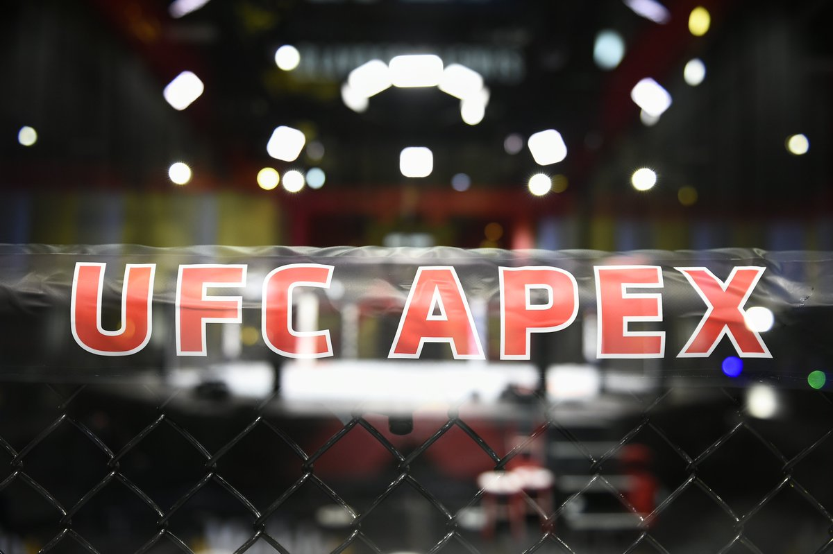 LIVE from the UFC APEX 💢  #UFCVegas20 gets started in TEN MINUTES on #ESPNPlus https://t.co/gwcBrlvaPE