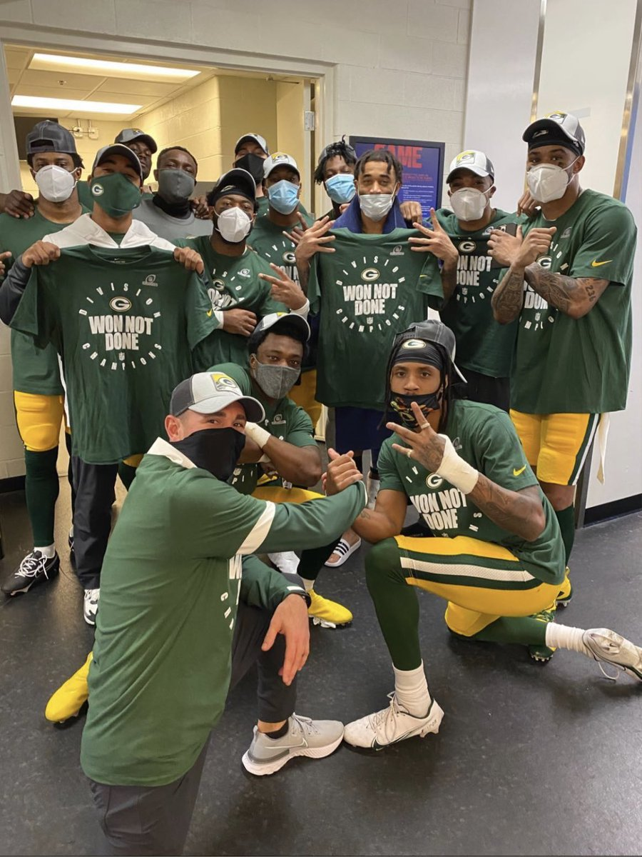 Post your favorite picture from the 2020 Packers below 👇👇👇 #GoPackGo #packers