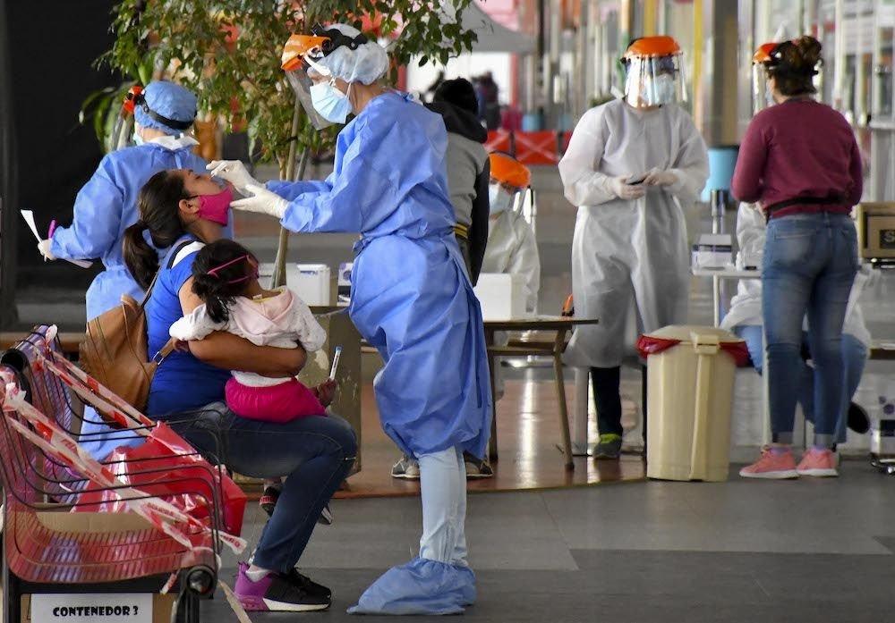 (#coronavirus 😷🦠👇)    La Argentina superó los 2.100.000 casos de #Covid_19 👉