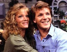 @robertdmcneill Daytime Emmy Award nominee, here with Lauren Holly. Soap fans never forget. #AMC