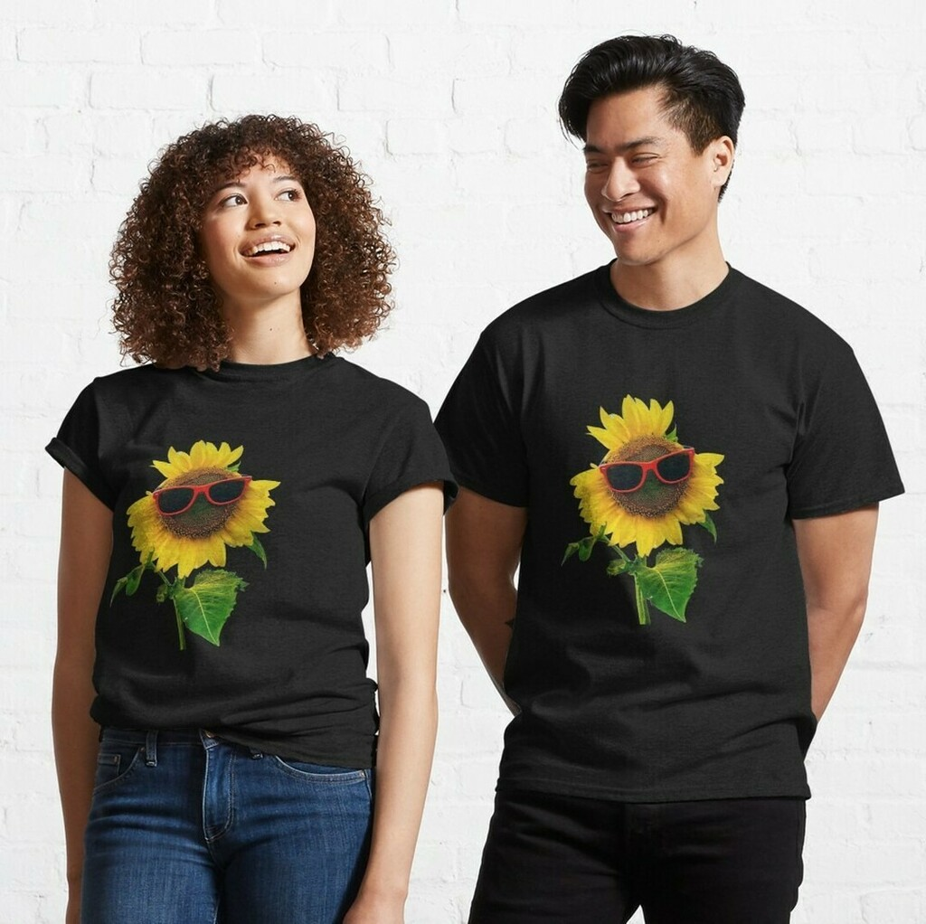 Sunflower with glasses  Get it:   #sunflower #sun #flower #yellow #yellowflower #sunflowerwithglasses #spring #summer #sunflowers #bouquet #sunflowerbouquet #beautiful #bright #beautifulflowers #pretty #happy #yellowfloral #flowers #floralgarden #flora #f…