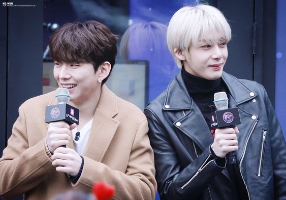 ISTG I LOVE THIS PICTURES SO MUCH!   #HYUNGWON #형원 #KIHYUN #기현
