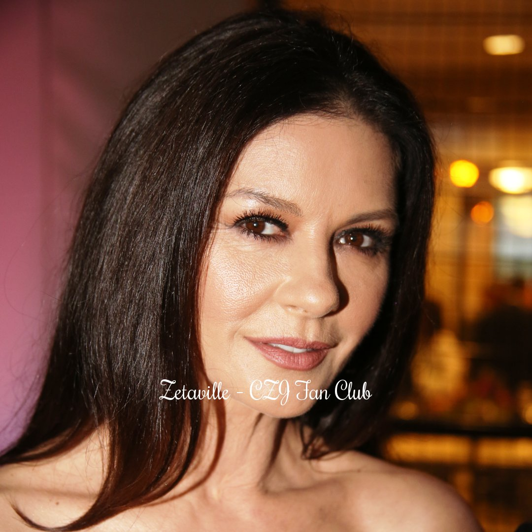 """Good luck for your debut in @FOXTV's @prodigalsonfox, Cath! 📺💗🍀 * * * #CatherineZetaJones' @ #TheMastersSchool 2017 Spring Gala: """"Sustaining Our Future"""", in NYC, on Thur., April 27, 2017. 🏫💙 #Debut #FOX #ProdigalSon #TVSeries #DrVivianCapshaw #SpringGala #SustainingOurFuture"""