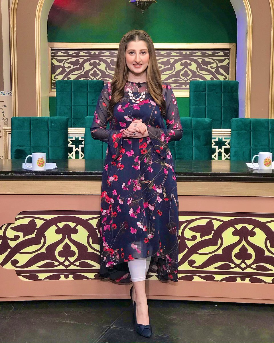 Destiny is never prewritten. You write your life with your hands, with your own actions.    @DrArooba1 @KhabardarAftabE #season2 #expressnews #OMC #MorningShow #Host #Doctor #Media #HospitalLife #fashion #Lifestyle #blogs #AftabIqbal