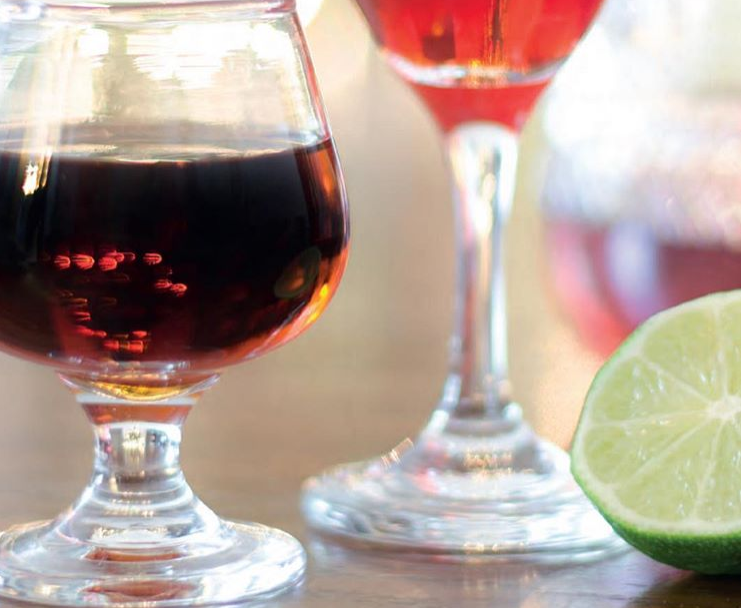 How are your #drinkware holding up? Need a re-uptake? 👉   #SimpleElegantAffordable  #InThisTogether #barlife #stemware #wineglasses #restaurant #wineglasses #instagood #instafood  #swag  #foodism #gastronomia #bonappetit #wholesale #lifestyle