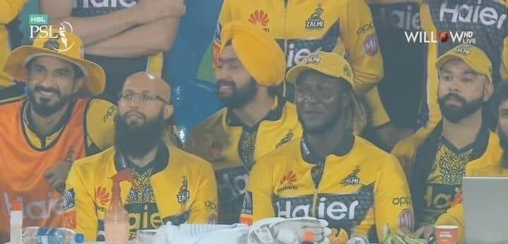 PAKISTAN SUPER LEAGUE 💚  - #Hindu #Muslim #Sikh #Christian #Black #Brown #White #Red - #EndRacism #Peace #love - #psl6 #PSL2021 #MannKiBaat #quoteoftheday #Bitcoin #YehHaiKarachi #YellowStorm #UnitedWewin #Cricket