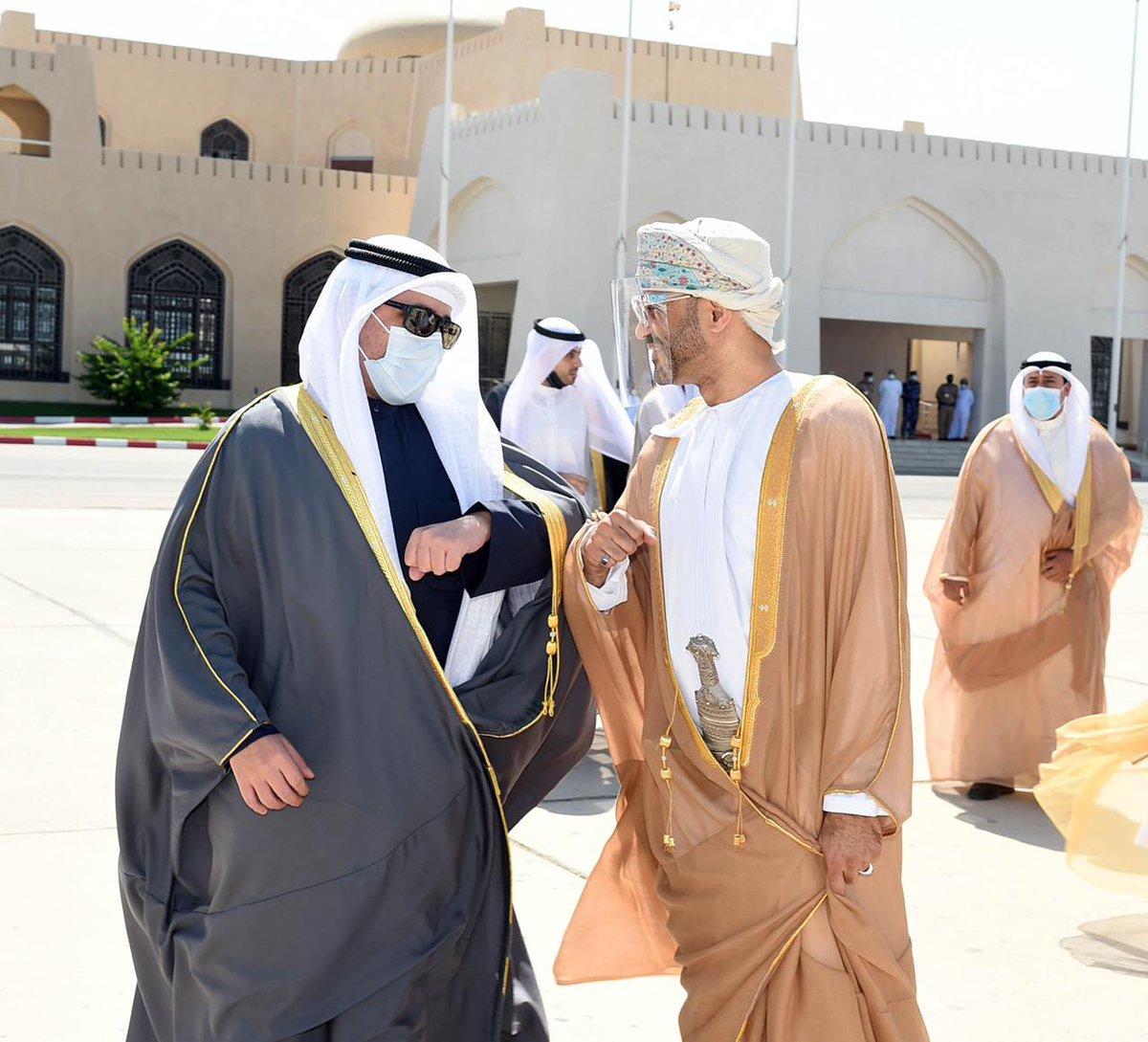 معالي الدكتور أحمد ناصر المحمد الصباح وزير خارجية دولة الكويت الشقيقة يغادر السلطنة بعد زيارة رسمية استغرقت يومين.