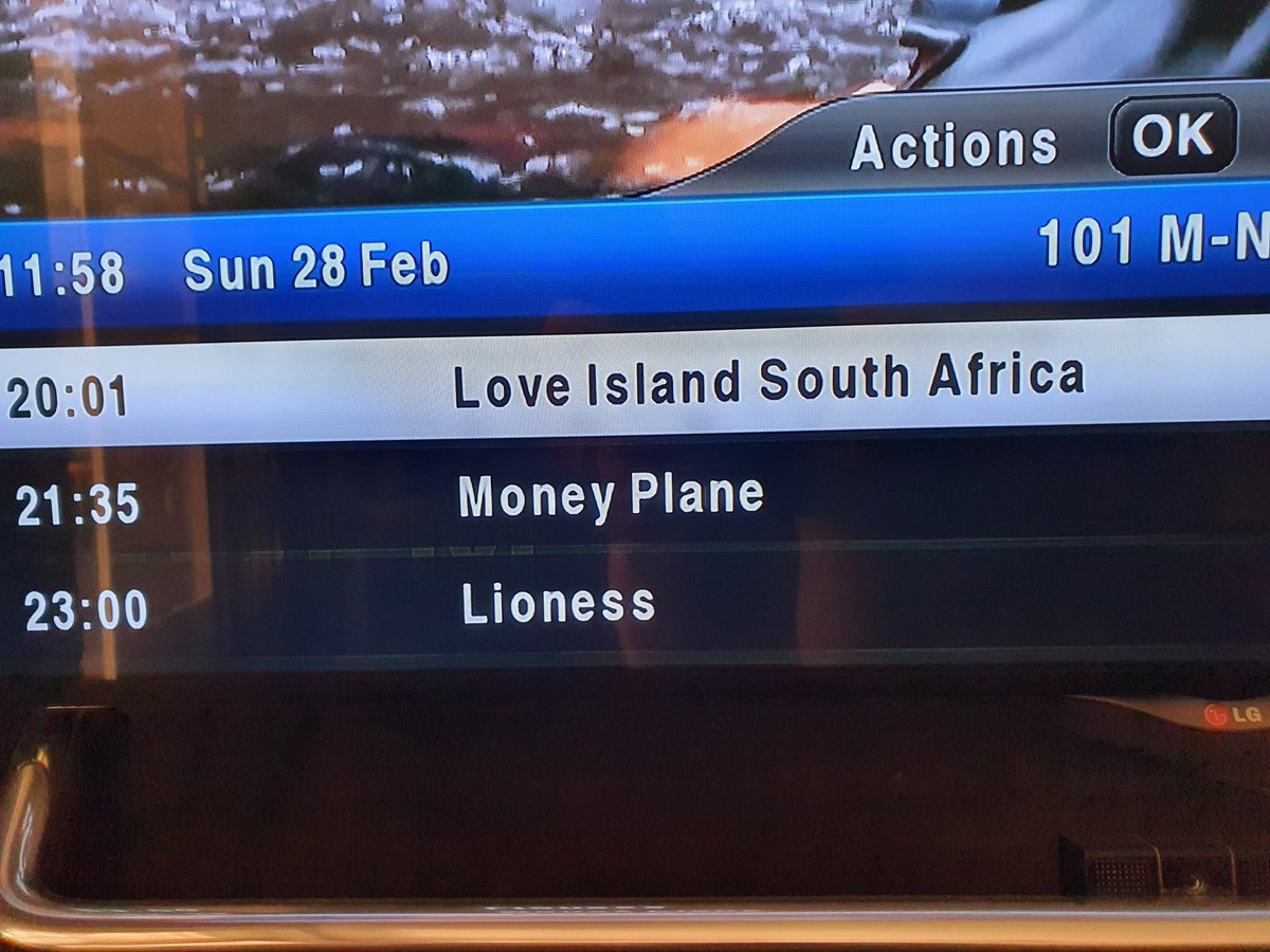 You've got to be fricken kidding @DStv This is your Sunday night premier slot, filled by the lowest common denominator TV trash? #ripoff #REFUND