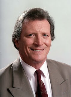 So sad to hear the brilliant Johnny Briggs has passed away this morning at the age of 85. Our thoughts go out to his family and friends. #Corrie #MikeBaldwin