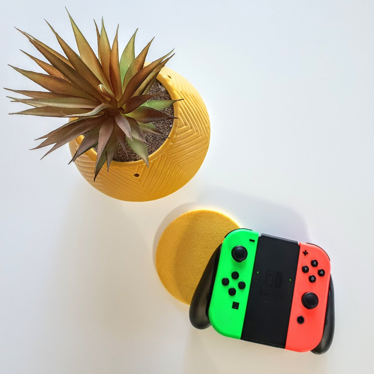 What are your favourite #Nintendo games?   Creative Coconut Games YouTube Channel 🌴🥥   #NintendoSwitch #Nintendo #game #games #yellow #white #control #controller #bristol #couplegoals #favourite #husbandandwife #sunday #lazysunday #gameday #picture