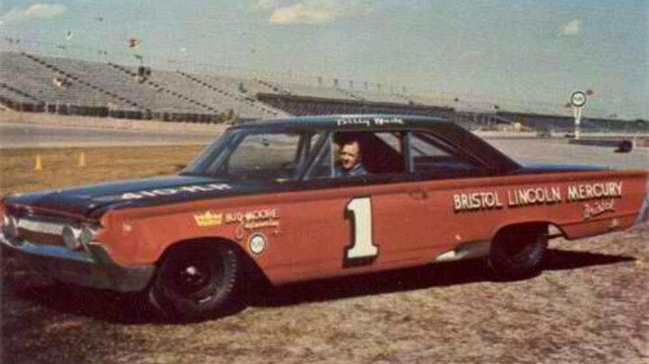 Billy Wade would have been 91 today #RIP Billy Wade, of Houston, TX, was the 1963 NASCAR Rookie of the Year. Driving for Bud Moore in 1964, he became the first driver to win 4⃣ consecutive Grand National (Cup) races. He was killed testing tires at Daytona at age 34.