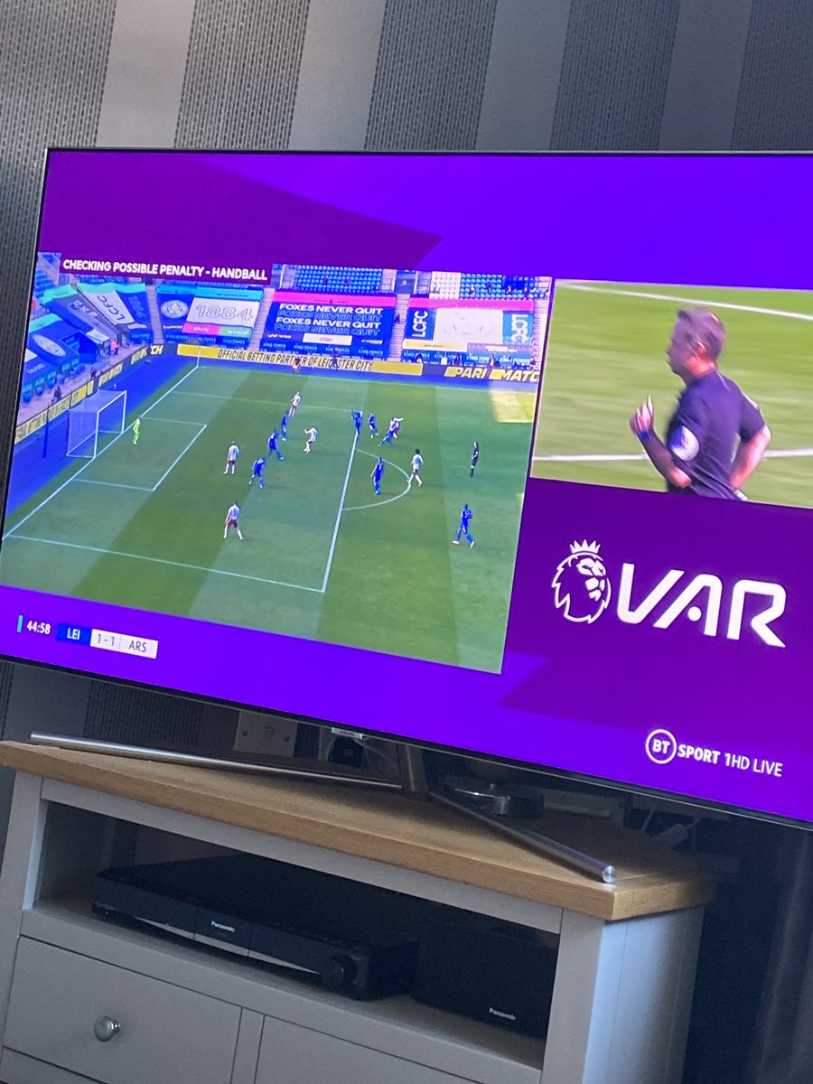 This is literally a Leicester Fan's TV! #ARSLEI #LCFC