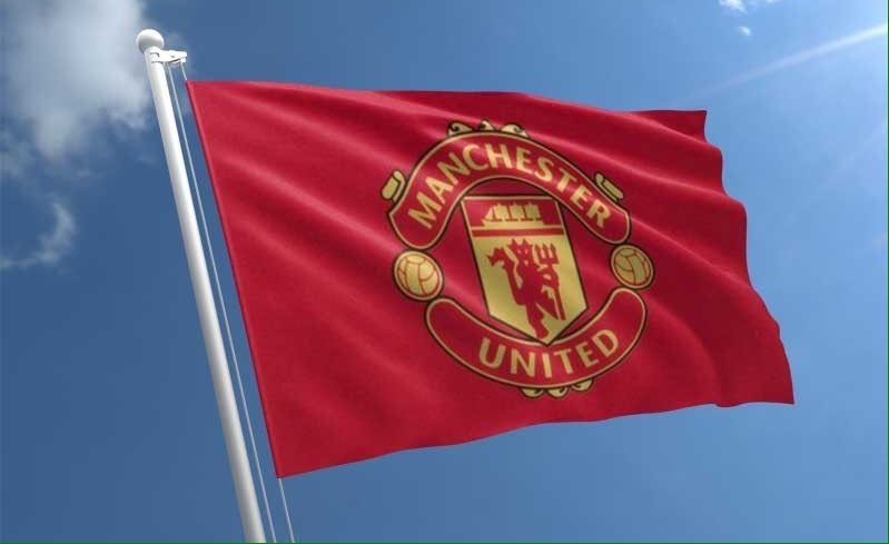 My heart is with you, Manchester United for me forever Today's game is very difficult in front of a tough team named Chelsea I hope Manchester United offers determination and determination and strong desire to win the match COME ON United 🙏🙏❤️👏👏 #MUFC