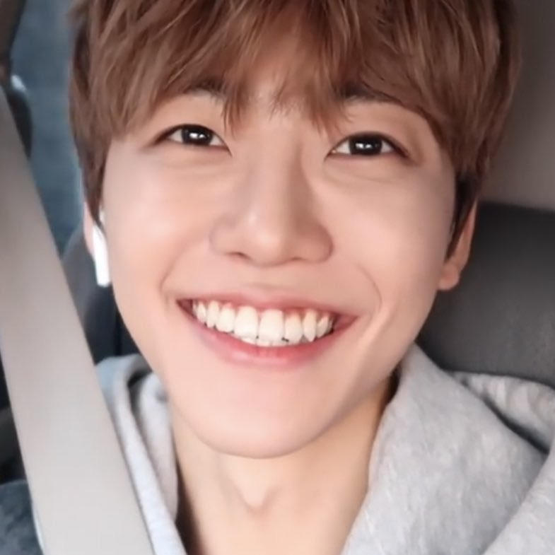 Replying to @DRMFEED: best smile na jaemin !!