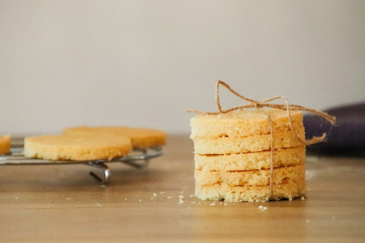 Homeowner Evelyn from Cartwright Court, #Malvern shared this melt-in-the-mouth #recipe for traditional Scottish #shortbread, made with plenty of butter. Delish! Take a look 👉   #Worcestershire #weekend #baking #Sundaymotivation #biscuits