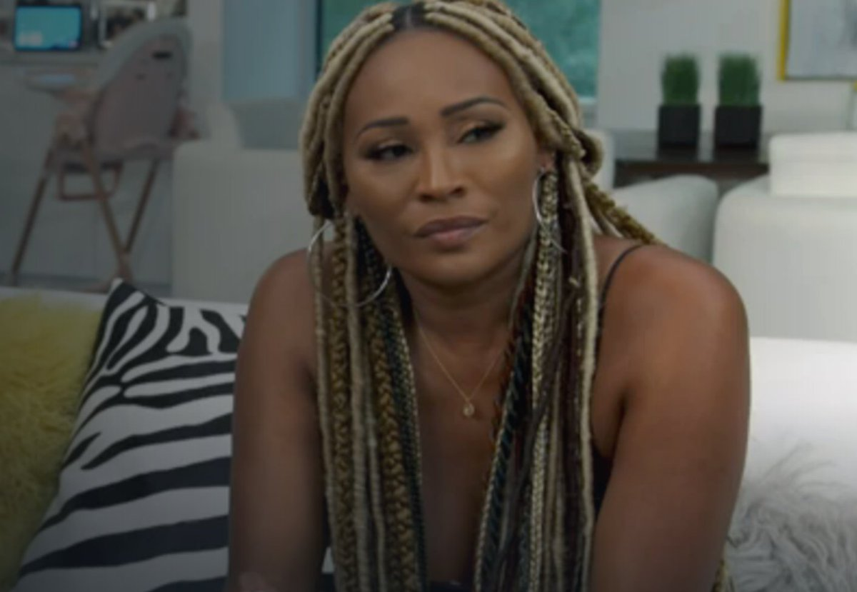 There's no #RHOA tonight because of the Golden Globes in a year with no movies or TV?
