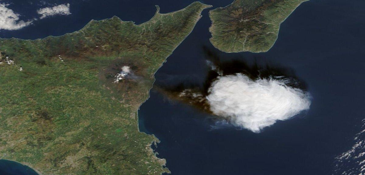 29-2-2021 Α new #eruption of #etnavolcano