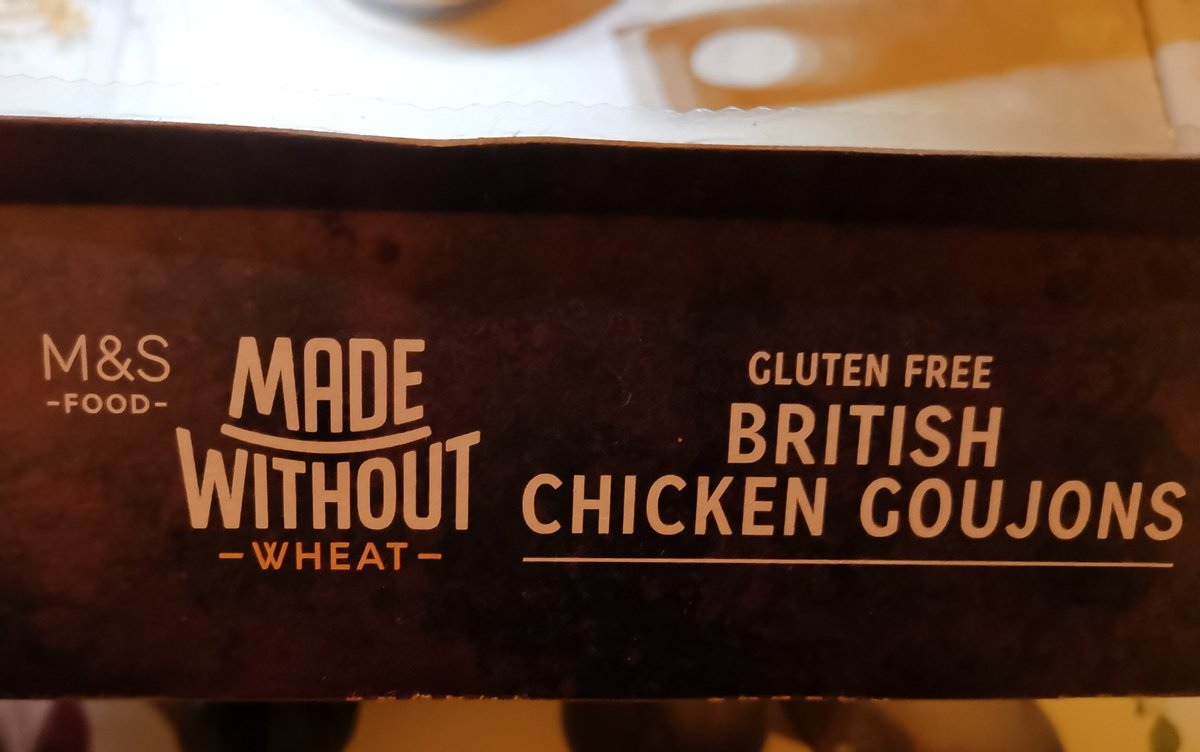 Now maths has never been my strong point. But @marksandspencer how do you get 4 portions out of 15 goujons (unless you stiff someone)? 🤔 🤷🏽♀️🤦🏻♀️ #MarksAndSpencers #ItDoesntAddUp #glutenfree #FourIntoFiften